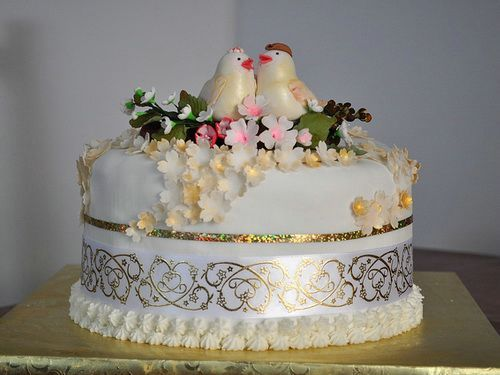awesome wedding cake 17 best images about anniversary cakes on 10984