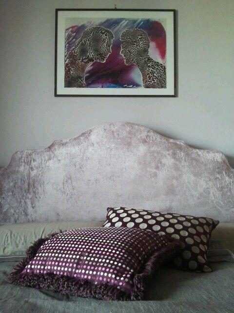 Creazione set cuscini artex viola e oro in abbinamento al quadro. Casa privata torino #artex #pillow #purple #gold #modaedesign #fashion
