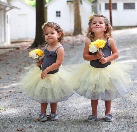 petites filles d'honneur gris et jaune