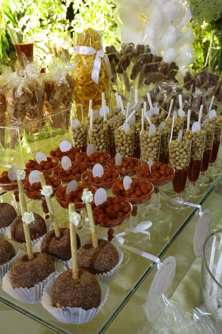 Les 3051 Meilleures Images Propos De Candy Bars Dessert Tables Sur Pinterest Mesas