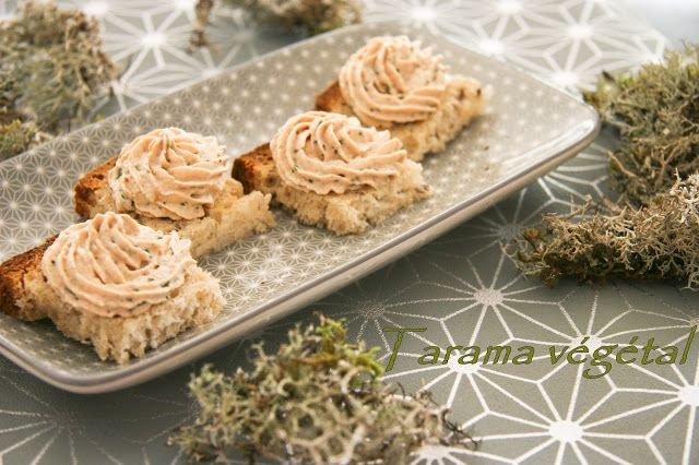 Dans la cuisine de Gin: Tarama végétal au tofu fumé et algue wakame