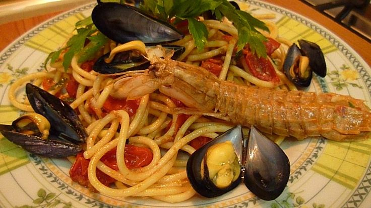 Spaghetti with Mantis Shrimps and Mussels