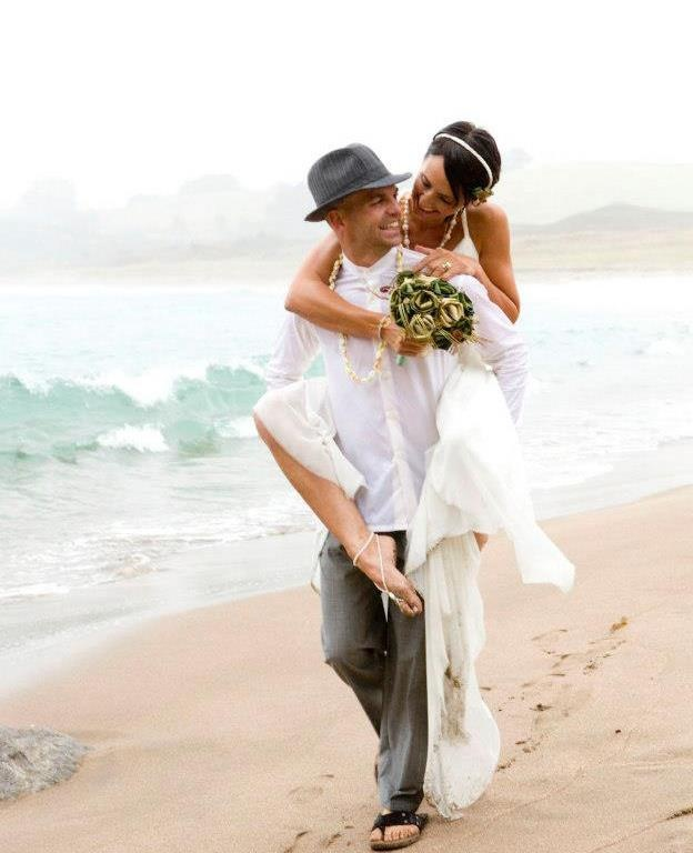 Our stunt couple Dayna & Dane Grant with Dayna's forest bouquet in sage & gold with fern & koru.  www.flaxation.co.nz