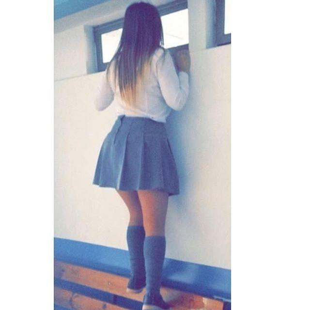 Instagram media by sofii.nya - #instachile #l4l #siguemeytesigo #colegiala #colegialas #summer #colegio #escuela #estudiando #falda #fisica #añonuevo #sexy #jovencita #jovencitas #soltera #slut #quinceañera #rubia #school #puta #like #like4like #instamoments #sister #me #caliente #babe #hot #f4f