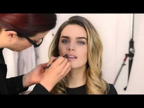 ▶ HOW TO - GET THE PERFECT RED LIPS ▶ In our exclusive tutorial video, we show you how to get the perfect red lips for any occasion!