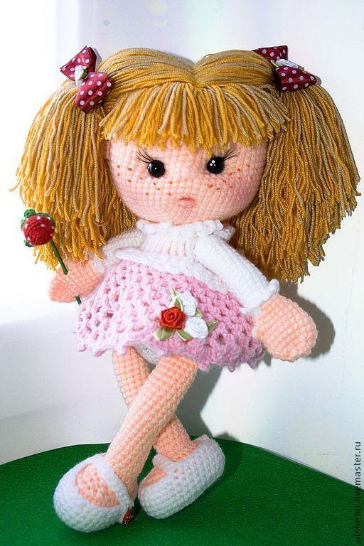 Купить Куколка Клубничка купить игрушка - куколка клубничка, куколка на счастье, кукла крючком ♡