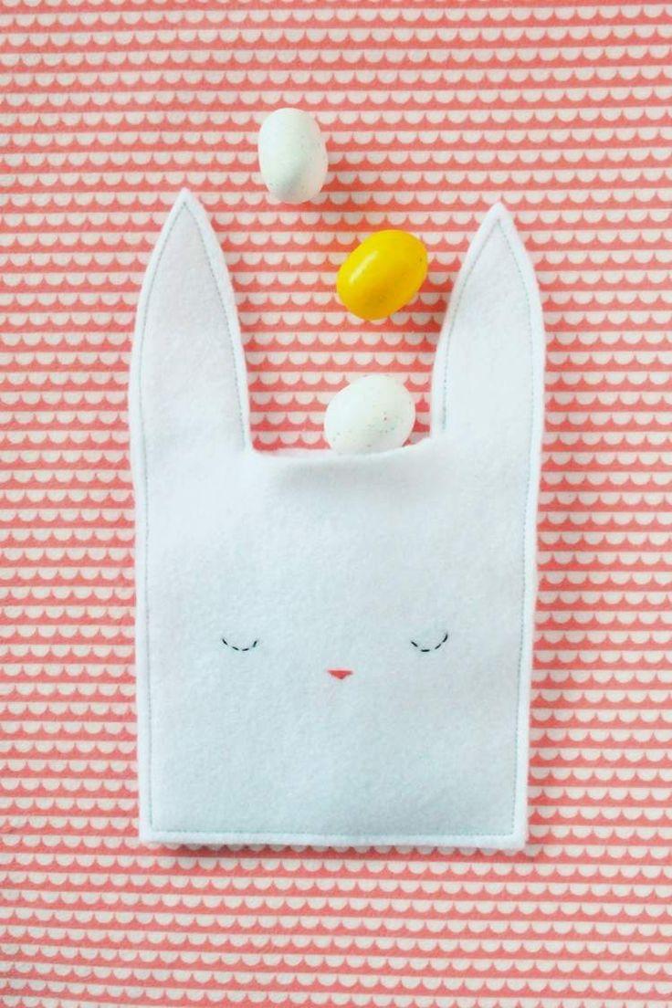 Hase-Tasche aus weißen Filzstoff basteln