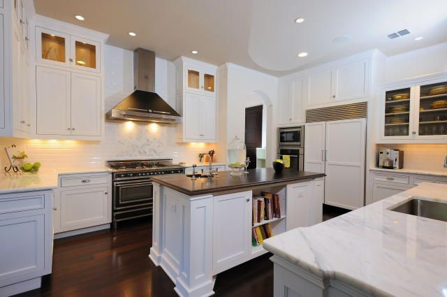 Painted White Shaker Kitchen Cabinets