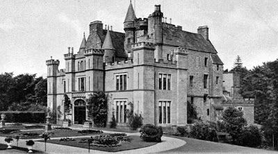 Tour Scotland Photographs: Old photograph of Aldbar Castle located three mils South West of Brechin in Angus, Scotland. This Scottish castle, sometimes called Auldbar was a 16th century four-storey tower house, greatly extended in the baronial style during the 19th century