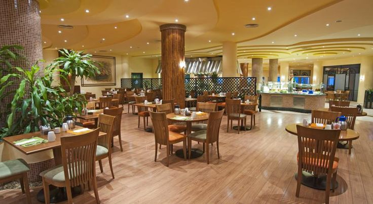 Hilton Hurghada Resort The Hilton Hurghada Resort offers 11 restaurants and bars, serving seafood dishes, Italian cuisine and international classics. #Holidays #Hurghada #Travel