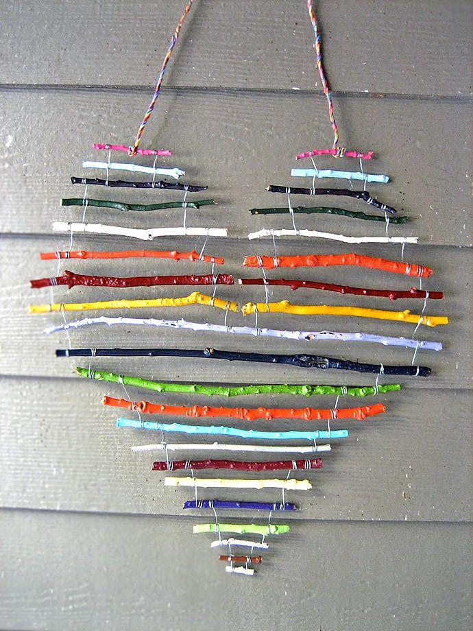 Rainbow Stick Heart. So fun and easy rainbow stick heart for a sweet home decoration. Tutorial via