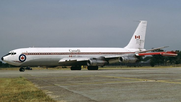 RCAF BOEING 707 COLD WAR TRANSPORTER