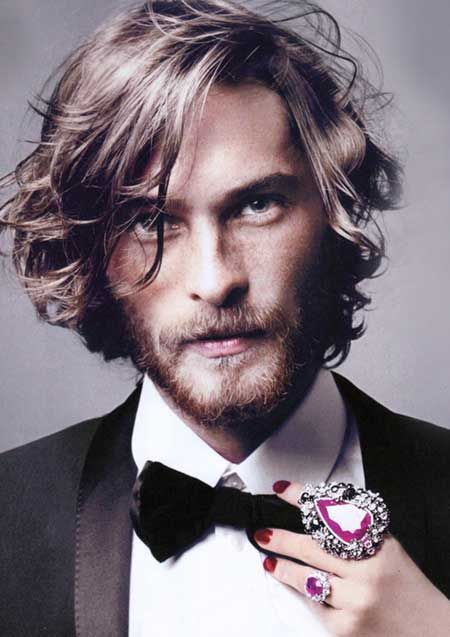 Men With Long Hair Wavy Hair As Waves In The Hair Will Give A Look