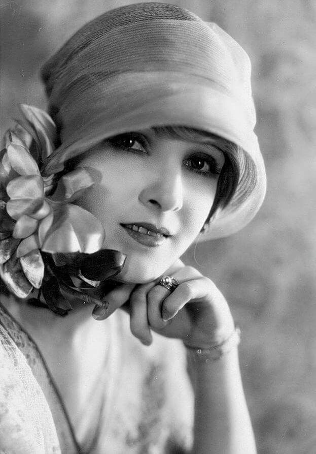 Claire Windsor, 1924