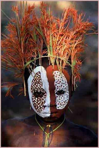 Tribe Omo - Photos by Hans Sylvester