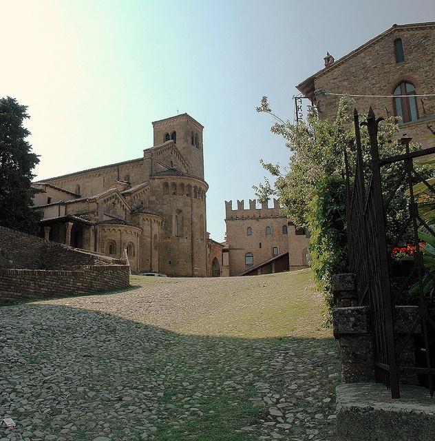 Castell'Arquato (PC) by Luck'Tam, via Flickr