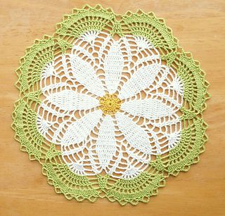 Free Crochet Patterns Using Crochet Thread : Sweet Daisy Doily - free pattern Crochet Thread Projects ...