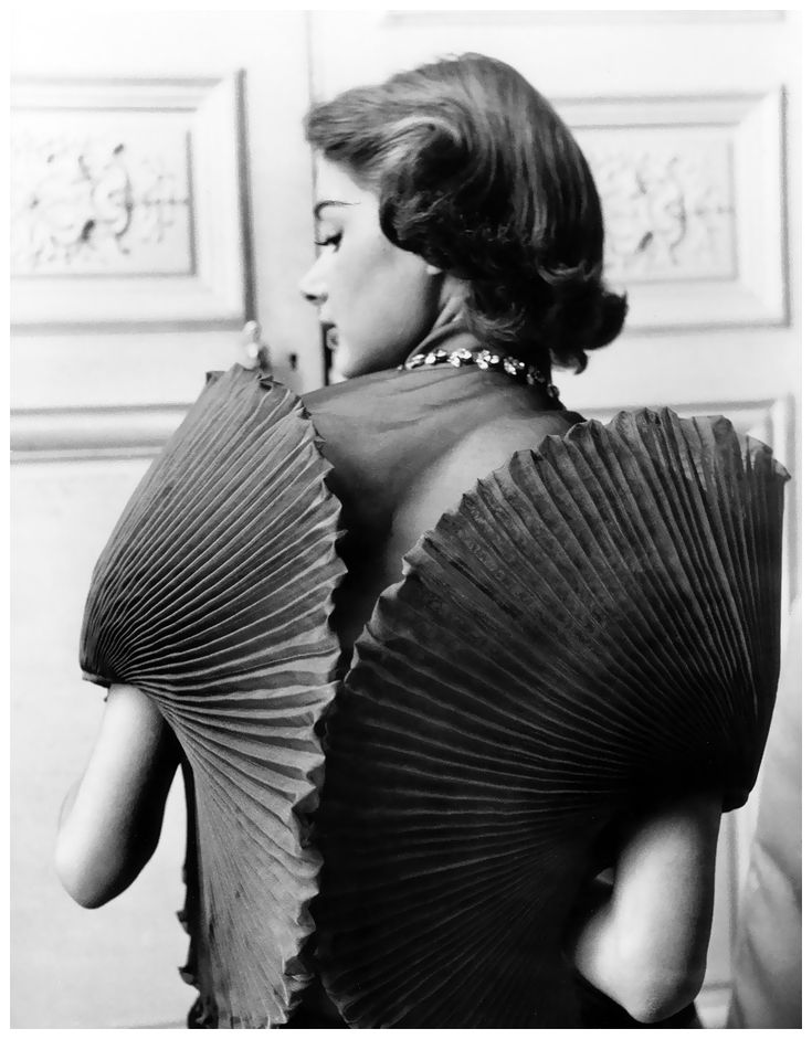 Jacqueline Marsel in a dress by Elsa Schiaparelli, photo by Regina Relang, 1951