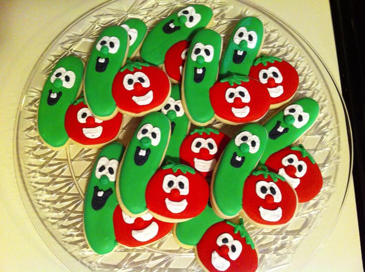 Check out these adorable #VeggieTales cookies from pinner Jamie!
