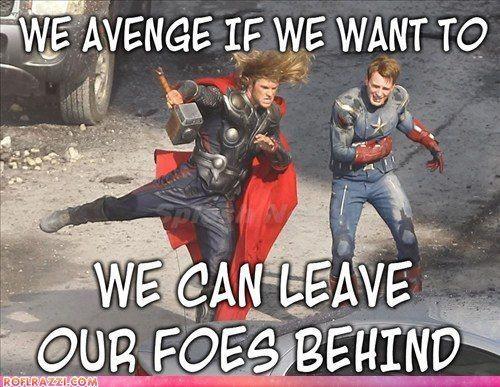 hehehe, 'safety dance'Chris Hemsworth, Heroes, Captainamerica, Captain America, Funny, Hammer Time, Theavengers, Thor, The Avengers
