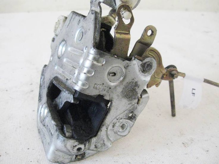 Lock Latch Left front Door Mercedes 300e 1247200935