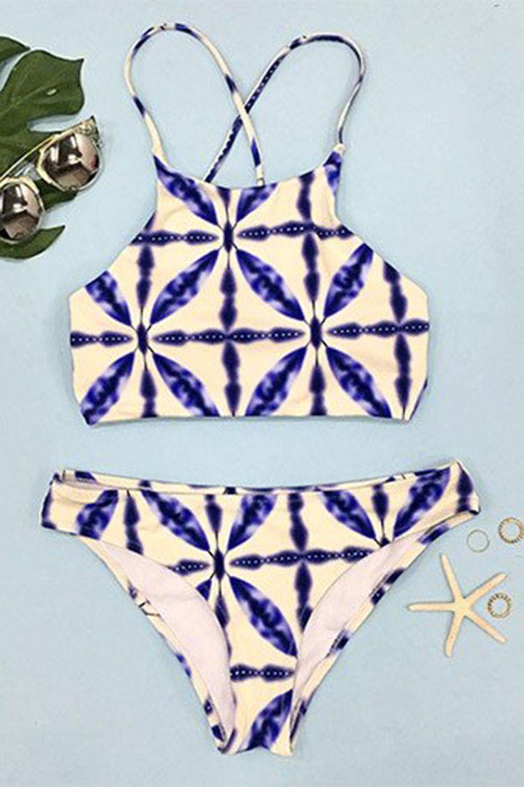 Cupshe Sandy Sea Beige Bikini Set