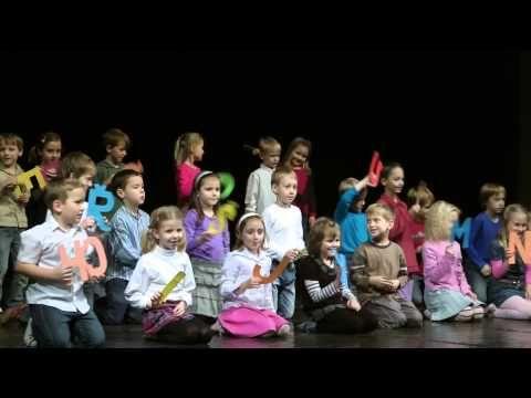 Vánoční besídka 2012 1.B Abeceda - YouTube