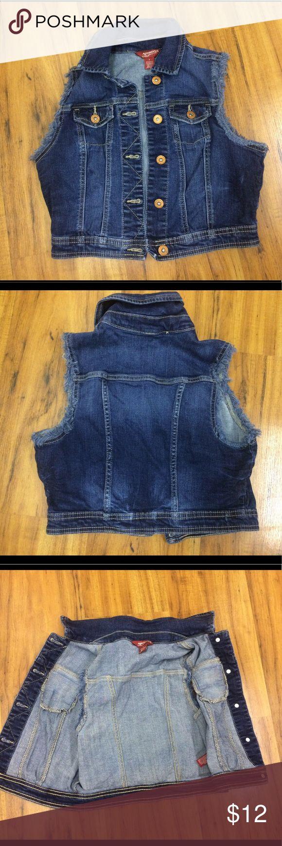 Arizona short sleeve Jean jacket In good condition size Small Jackets & Coats Jean Jackets