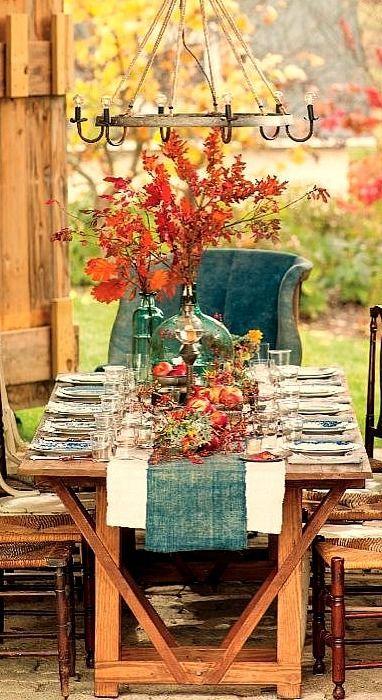 Amazing fall tablescape.