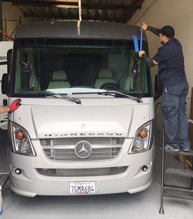 Uniqueautoglass.org provides high quality auto glass replacement in Fremont Ca. We offer quality auto door glass replacement at affordable price in Fremont Ca.