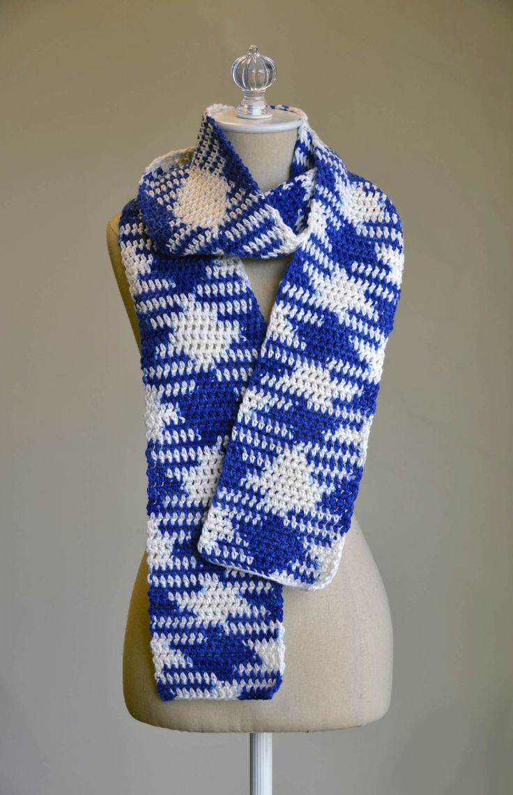 Pooling Colors Scarf in Uptown Worsted Spirit Stripes
