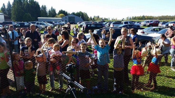 Belluz Farms Huge Crowd for Pumpkin Car Crush!