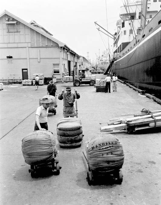 LOADING WOOL NO1 LEE WHARF 9/11/65Newcastle HarbourARCHIVAL REVIVAL 1960's