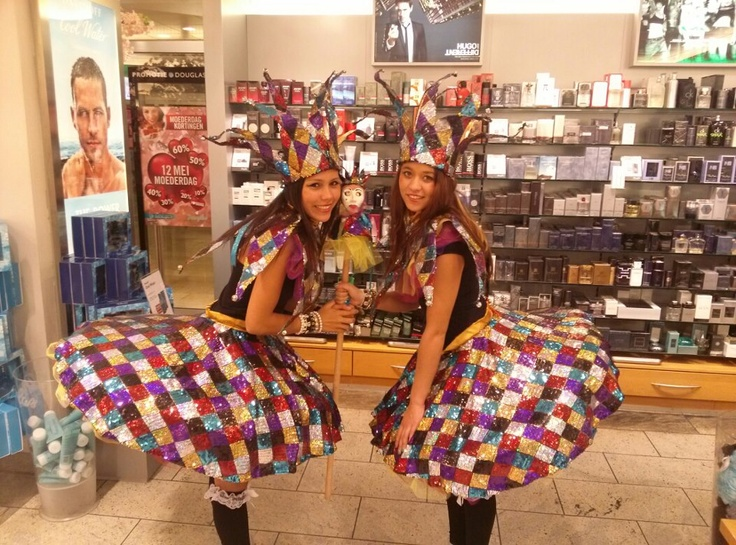 Curly Dance Productions hostes outfit #Narr #carnaval #costum #cute #shirt #ware #homemade #girls