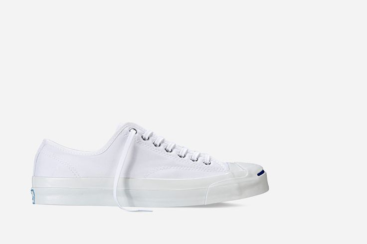 all-white-sneakers-converse