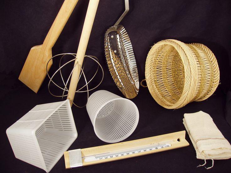 Μεγάλη ποικιλία σε τυροκομικά εργαλεία!!!http://laikitexni.gr/38-tyrokomika-ergaleia