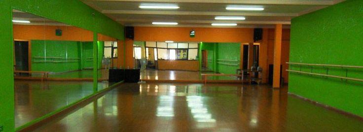 La scuola di danza Katane Dance Center di Catania nasce ufficialmente nel 2008, fondata dall' insegnante Ylenia Catania dall' idea di u