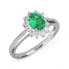 Bijuteria teilor: Inel diamante si smarald