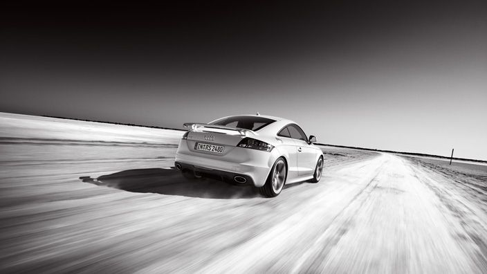 The Audi TTS RS Coupé has everything that defines an athlete: low weight, brutal force and a high-precision motion sequence. Source: Audi AG