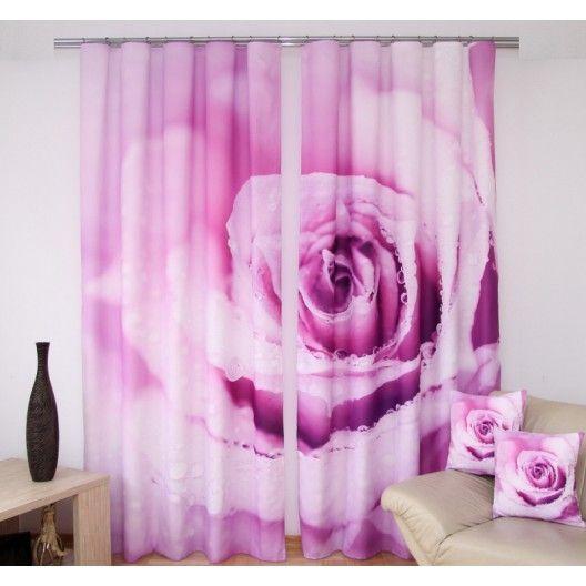Fialový záves do obývačky s motívom ruže