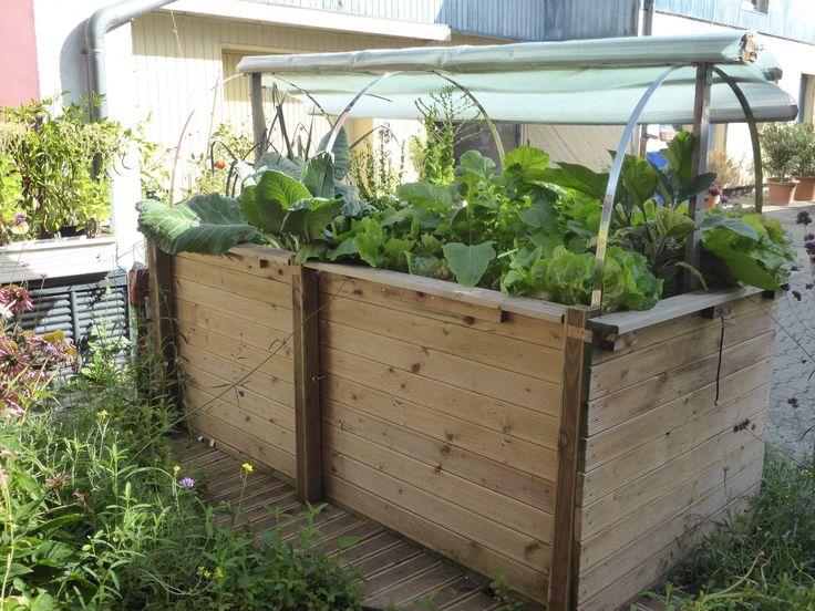 das selbstgebaute hochbeet im septembergarten tipps f r. Black Bedroom Furniture Sets. Home Design Ideas