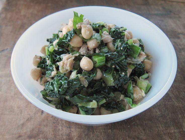 lemony tuna salad with kale, chickpeas & brown rice | everybody likes sandwiches