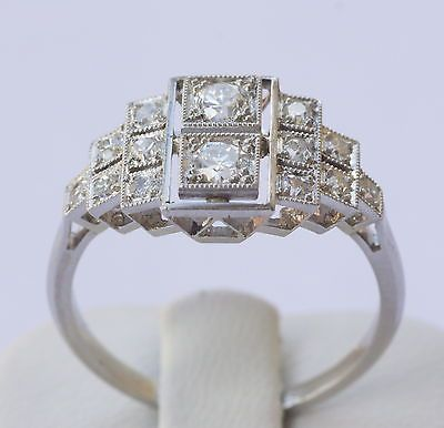 BAGUE ART DECO, OR 18K ET PLATINE, DIAMANTS 0.92 CT - GOLD & DIAMONDS RING
