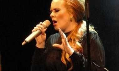 Adele organizará su nueva gira mundial '25' pero sin agencias ni promotoras