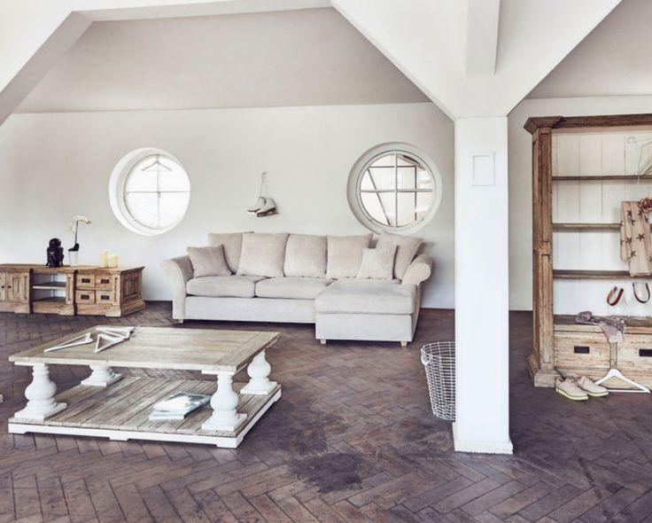 Landhaus maritimes wohnzimmer koralle treibholz pastellblau