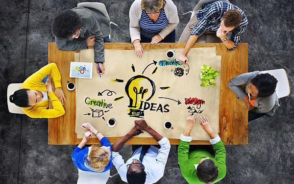 Stratégie de contenu : comment la mettre en oeuvre ? « Content is king » (le contenu est roi) a-t-on coutume de dire lorsque l'on parle de référencement. C'est en effet un des leviers majeurs avec les liens entrants pour positionner les pages d'un site sur les moteurs de recherche...  Produire des contenus de qualité s'inscrivant dans le cadre d'une stratégie globale étudiée et définie en amont est par conséquent de la plus haute importance.