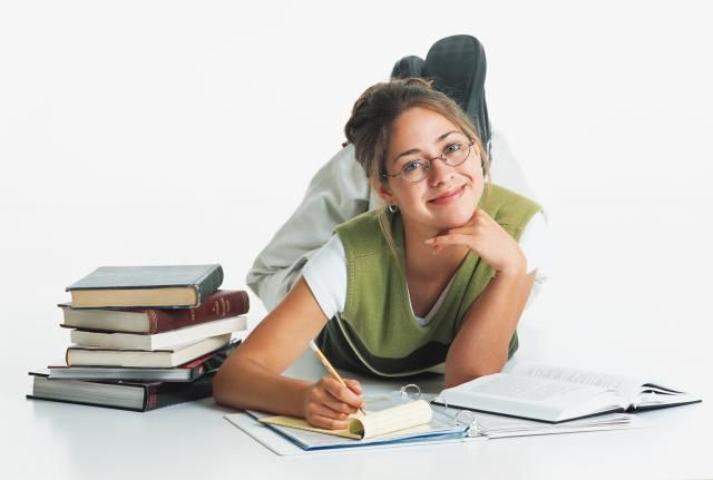 It's not enough to feel passionate about a certain point of view. To write an effective argument essay, you must be able to research a topic and provide solid, convincing evidence to support your stance.