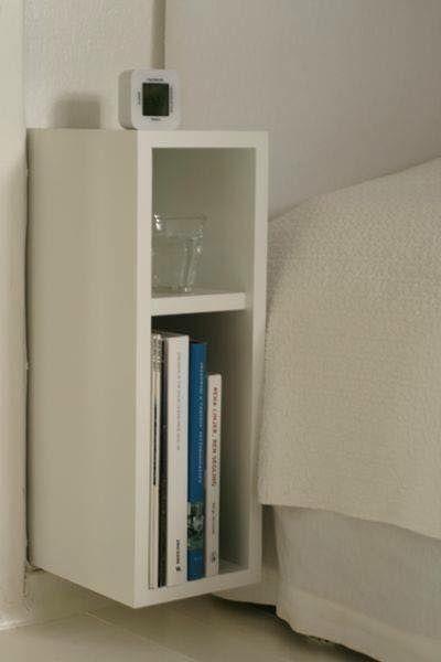 Criado Mudo El Torre á imaginou um móvel compacto e perfeito para guardar pequenos pertences , além de agregar beleza à decoração, Com o lindo criado mudo o seu quarto terá um toque de charme! Ele possui 2 nichos para acomodar livros, acessórios decorativos e até mesmo o abajour. Produto 100% de MDF (Medium Density Fiberboard - Fibra de Média Densidade,ECOLOGICAMENTE CORRETO ). Entenda seu produto Medidas : Altura 0.45 cm Largura 0.18 cm Profundidade 0.30 cm Medidas do produto montado. Sobre…
