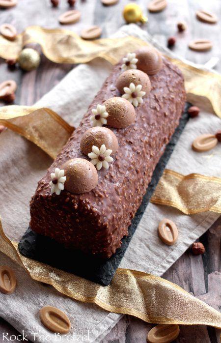 Bûche au praliné et chocolat Dulcey