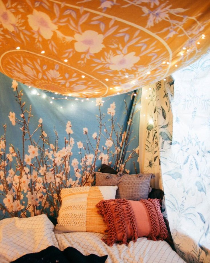 This tapestry tent is like a grown-up blanket fort and we're living for it. Watch our IG story to see how it's done! #UOSummerSchool #UOHome